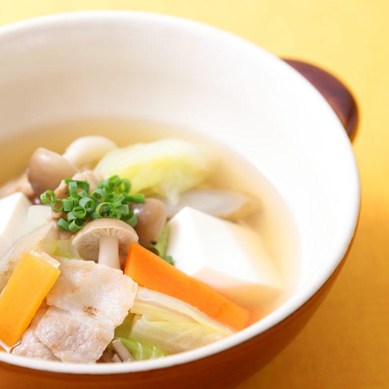 蔬菜豚汁烤飛魚火鍋