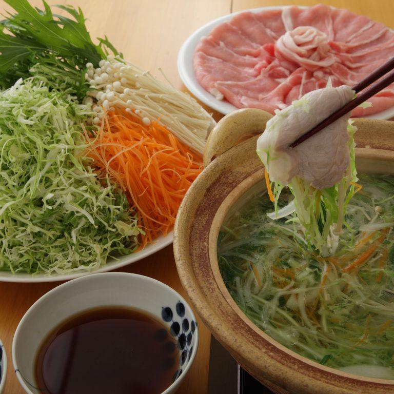 蔬菜絲豬肉涮涮鍋