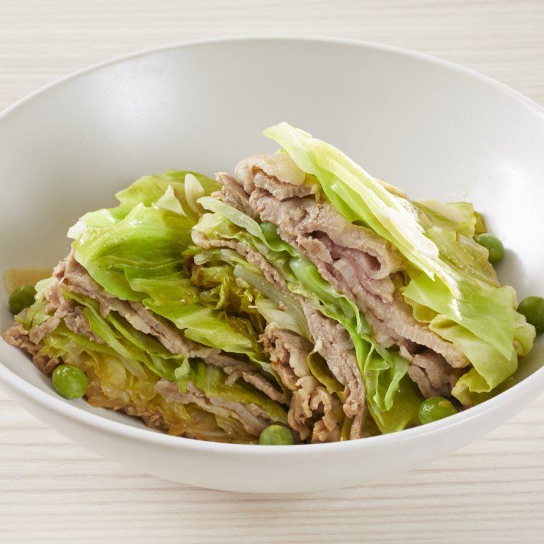 清爽的豆漿清蒸豬肉高麗菜