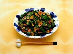 菠菜热沙拉
