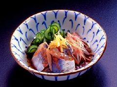 醋渍黄瓜竹夹鱼