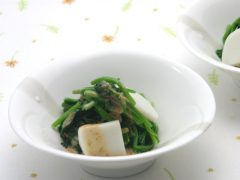 Spinach and Kamaboko Sesame Mix