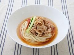 甜辣肉片鮮蔬烏龍麵
