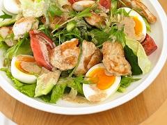 香煎雞肉生菜沙拉