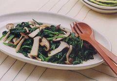 菠菜與香菇炒物