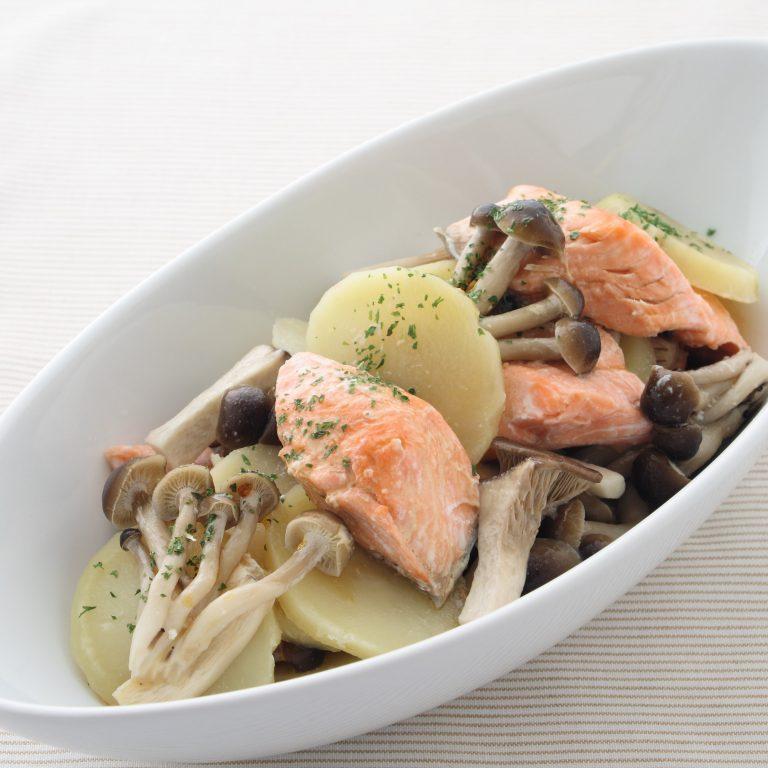 奶油鮮菇蒸鮭魚