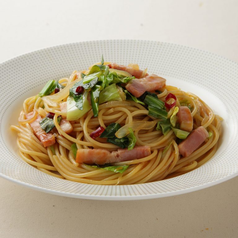 Pon-Pasta® with Cabbage and Bacon