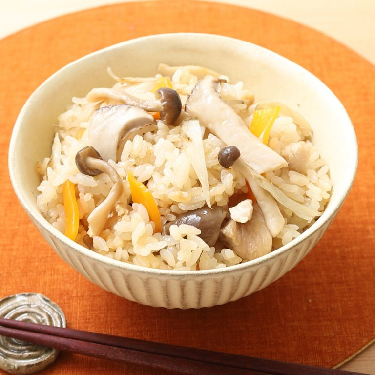 日式菇菇雞肉炊飯